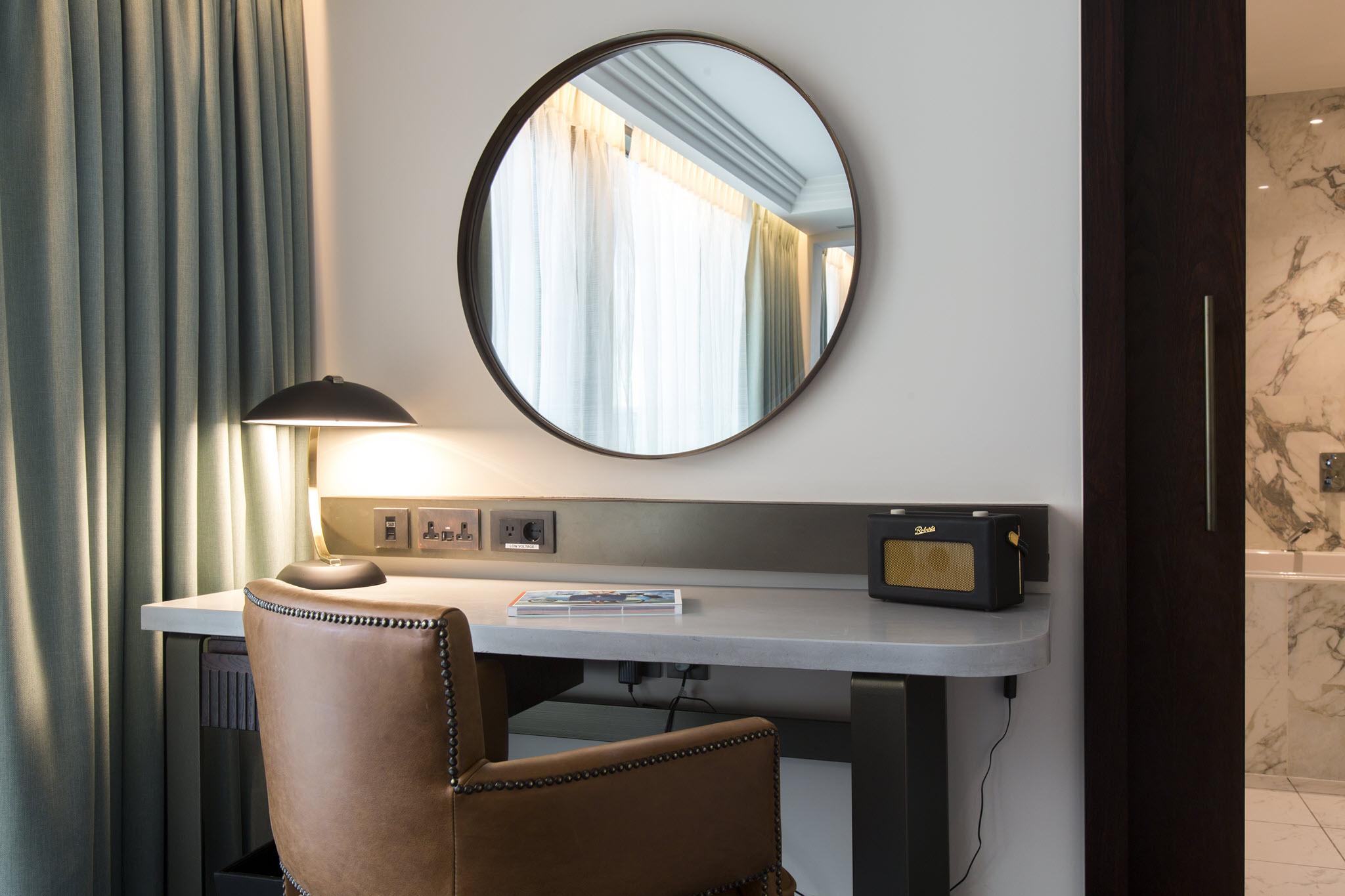 rooms at clayton hotel cambridge