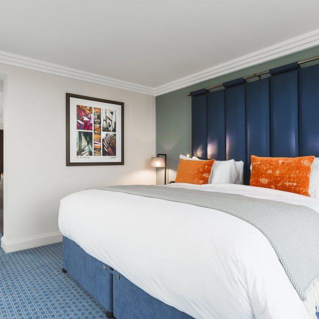 executive suite double bed clayton hotel cambridge