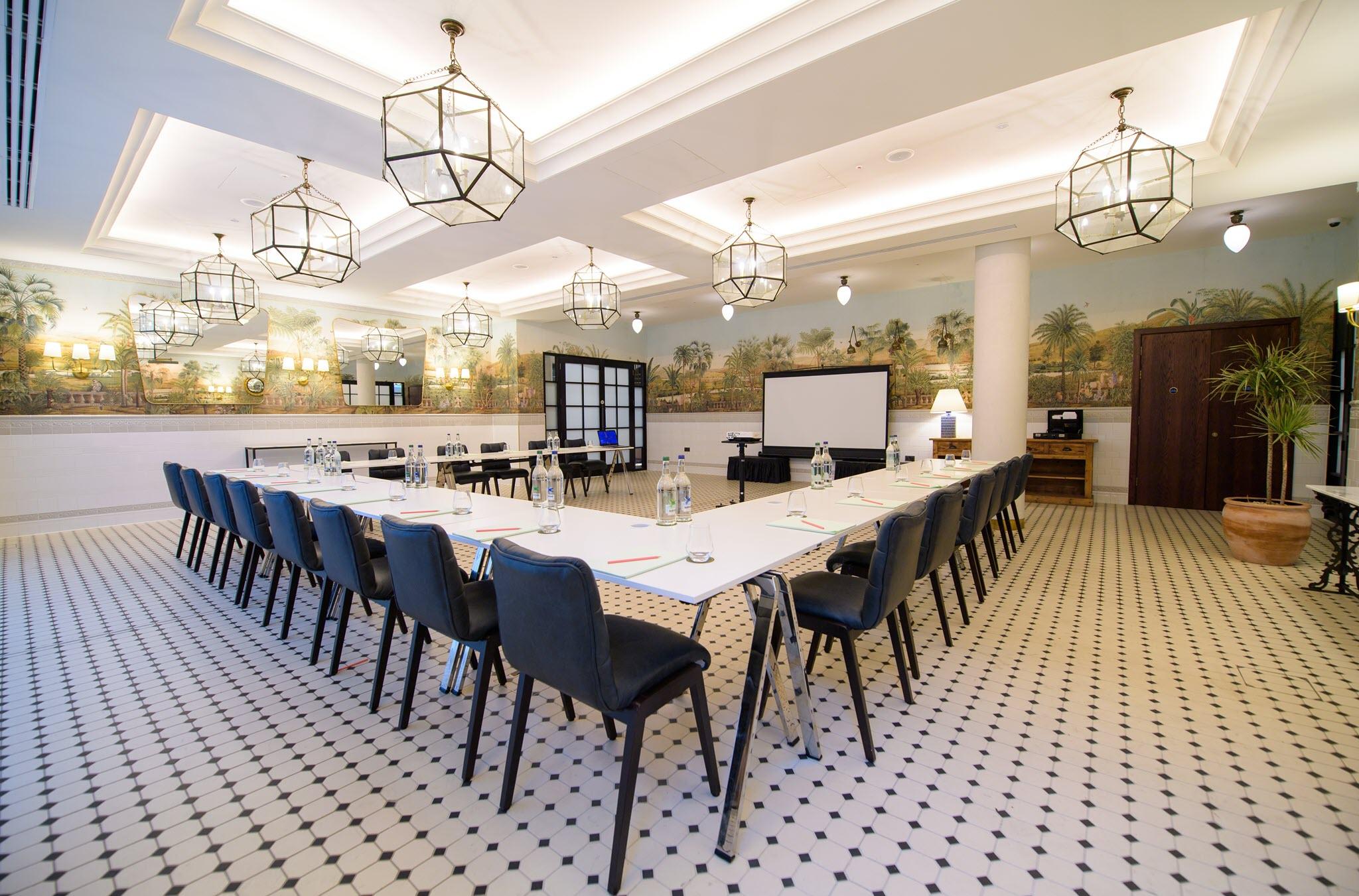 the garden room clayton hotel cambridge