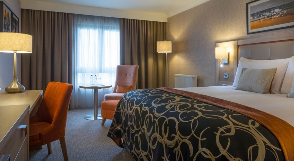 Executive-Room-Clayton-Hotel-Cardiff-Lane