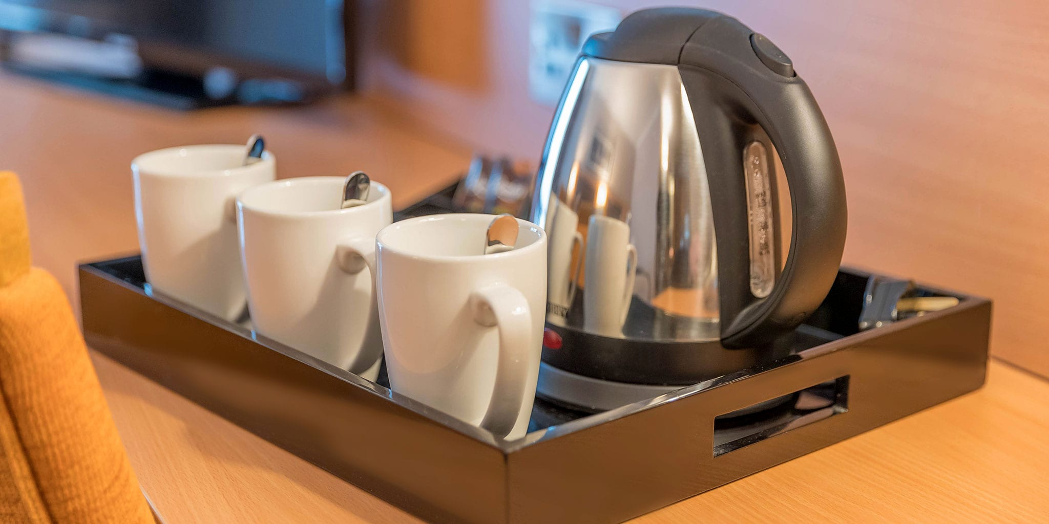 Tea-Coffee-Clayton-Hotel-Cardiff-Lane