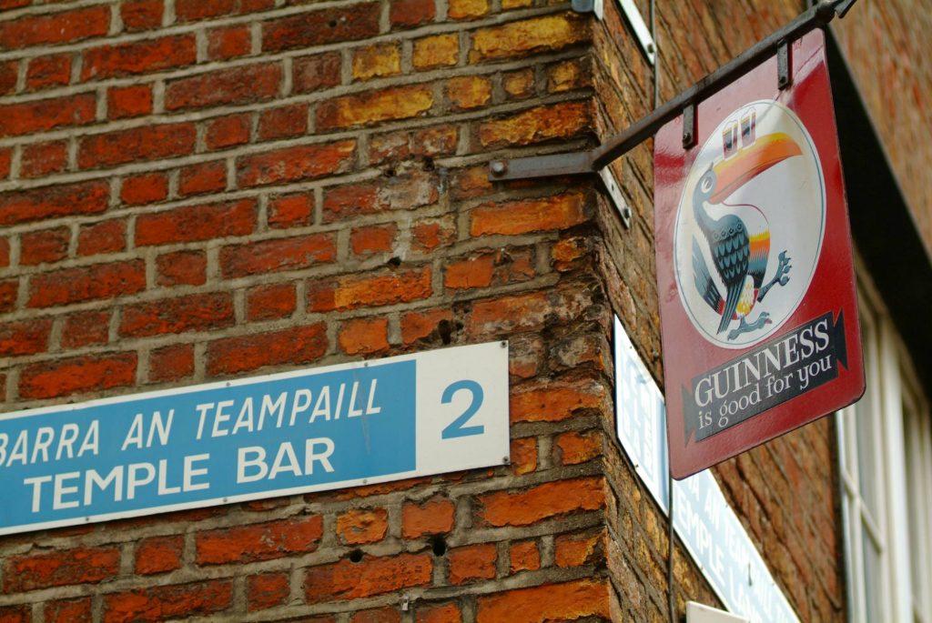 Temple Bar sign