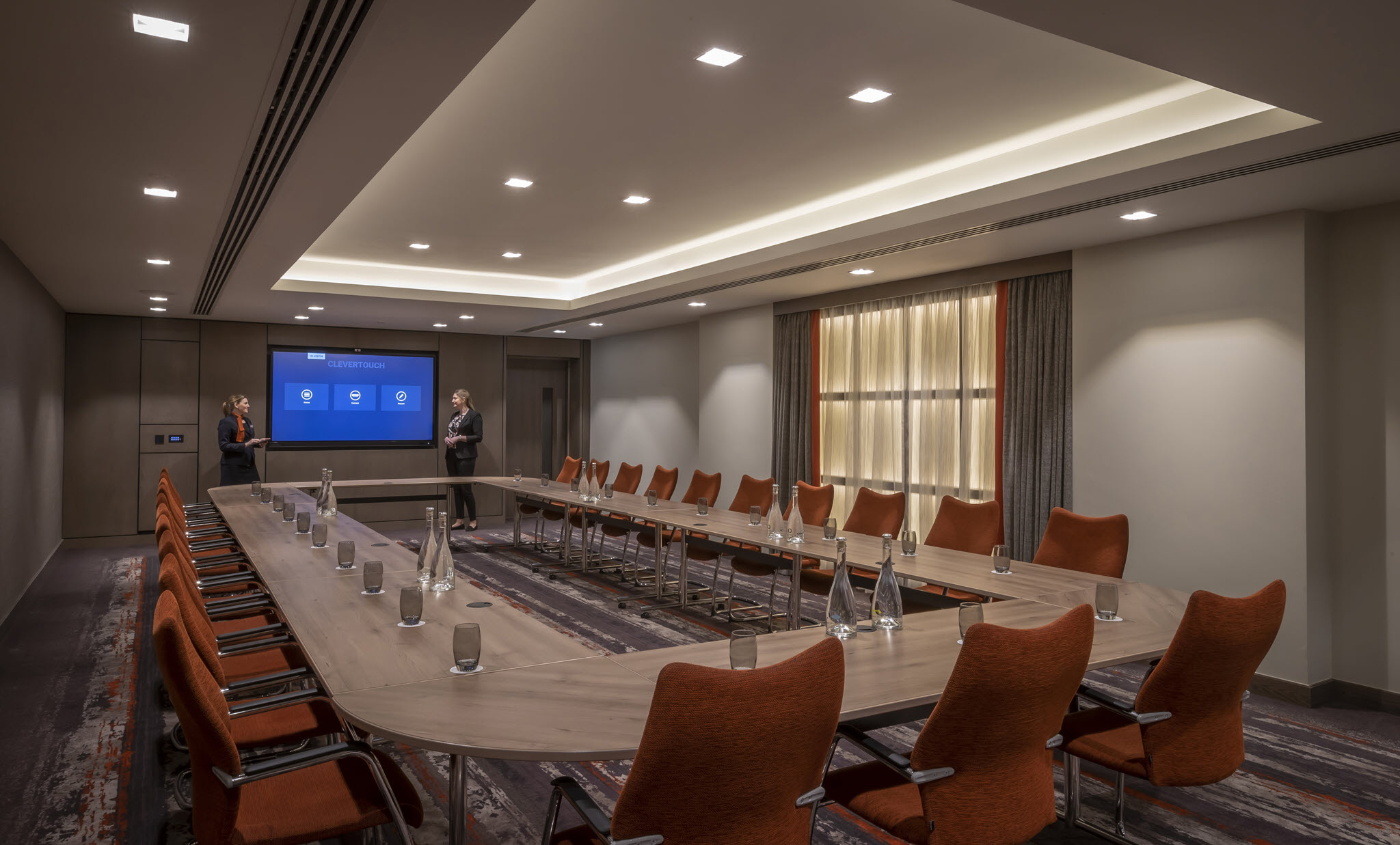 Hanover Suite Hollow Boardroom Set Up – Clayton Cardiff Lane Conference Dublin