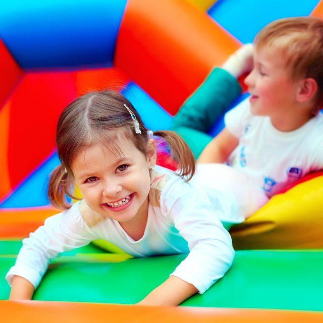 kids on bouncy castle