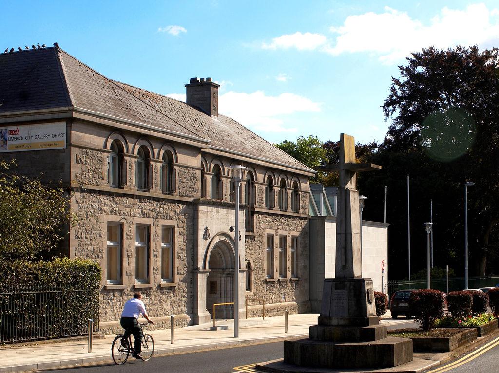Limerick city art gallery