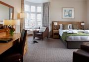 Junior-Suite-Clayton-Crown-Hotel
