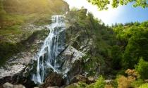 Triton-Lake-House-Powerscourt-Wicklow-Waterfall-Mountains-Outdoors-Clayton-Leopardstown